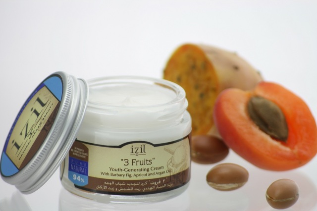 3 Fruits Youth Cream