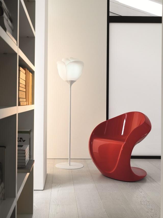 Miss Petra Chair (3900 AED)
