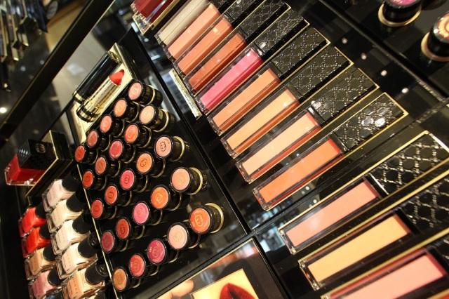 Gucci Cosmetics Counter PG 3