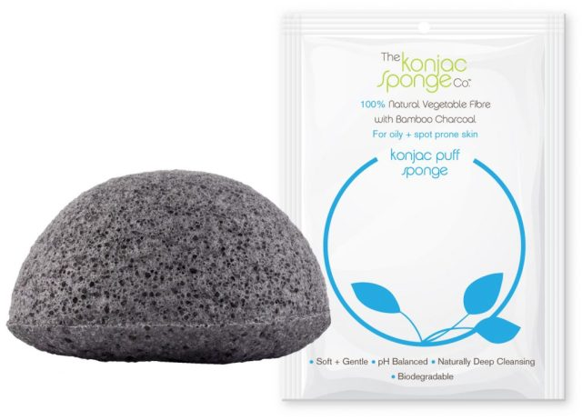 konjac-sponge-facial-puff-bamboo-charcoal-package